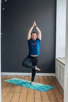 Коврик для йоги Motion Yoga Club 183 см