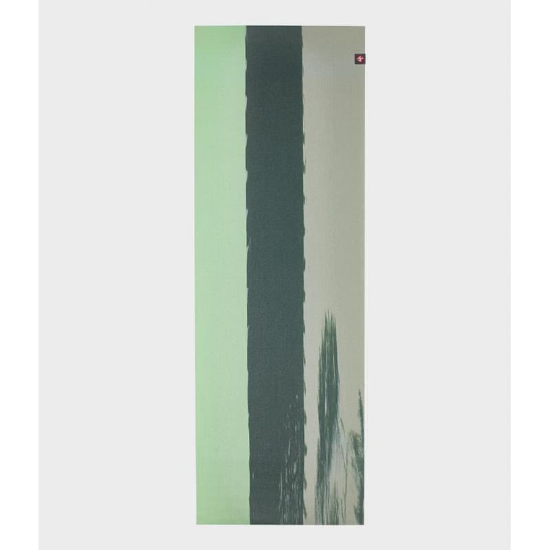 Коврик для йоги Manduka EKO SuperLite Travel Mat 1.5мм Green Ash stripe
